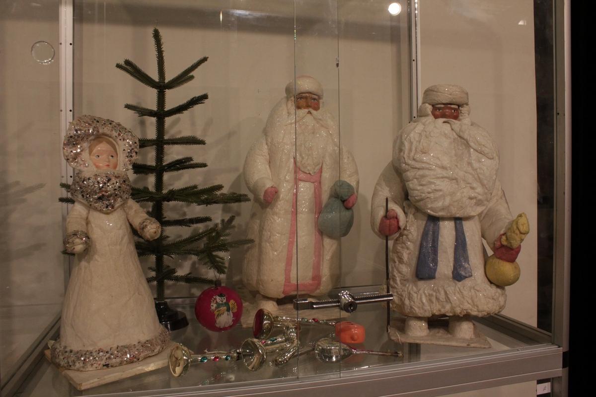 Выставка этот старый новый год